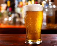 glass-beer-cold-bar-34211629.jpg
