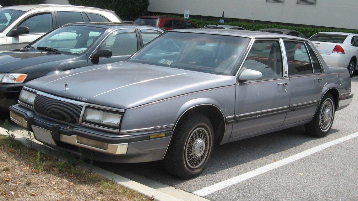 1990-91_Buick_LeSabre.jpg